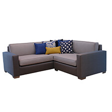 7' Loose Cushion Sectional