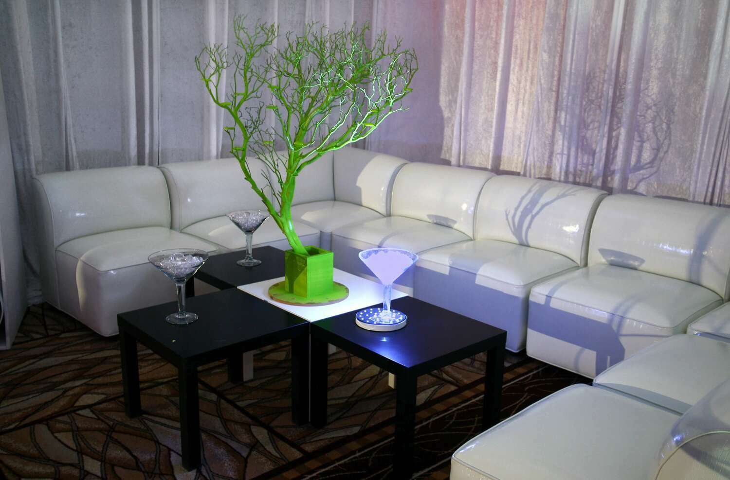 Monochrome Rental Package-Seating for 16