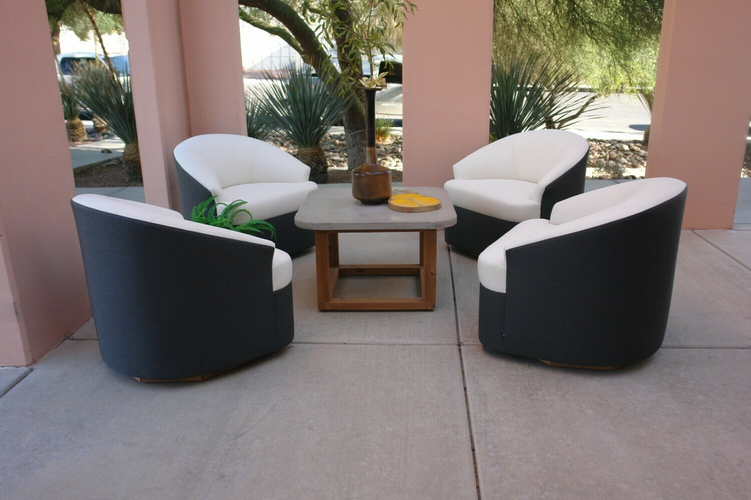 Resort Style 4 piece Chair Set-4 Swivel Chairs