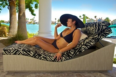 Adjustable Lounger With Memory Foam