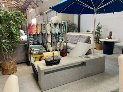 Resort Style Lounger & Table Set-Samples