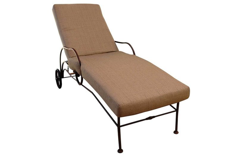 Single Outdoor Chaise