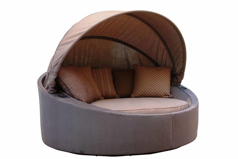 Retractable Canopy Daybed
