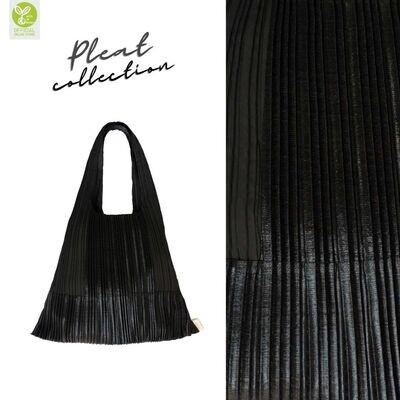 Pleat Bag Black