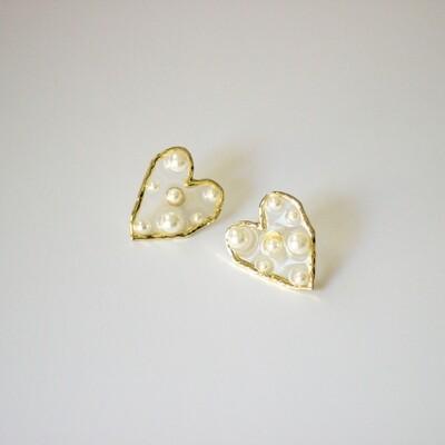 Heart Acrylic & Pearl Stud