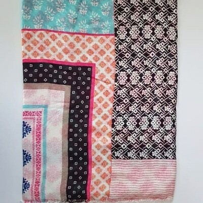 Multipattern Scarf in Pink