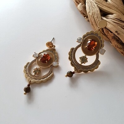 Princess of Persia Earring in Topaz
