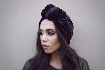 Barbett Cortrelli Velvet Knotted Bow Turban in Black