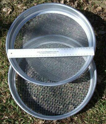 Aluminium Sieves Fine/Coarse