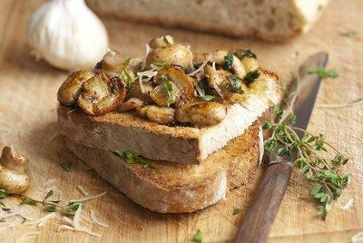 Garlic Mushroom Fused Olive Oil