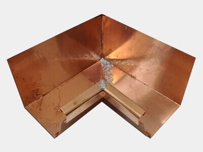 Copper K-Style Gutter Inside Miter