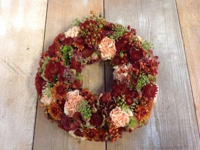 Blumenkranz saisonal