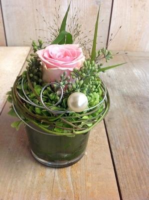 Blumen-Gruss rosa im Glas