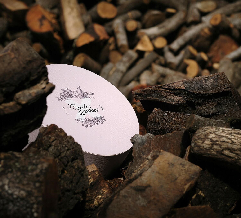 Cerdos y Rosas: Caja de Regalo Sombrerera con Ibéricos de Bellota