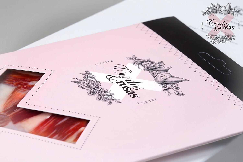 Cerdos y Rosas: Jamón Ibérico de Bellota cortado a cuchillo loncheado. 5 Blíster 100 gramos / unidad