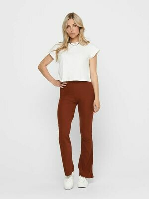 Behaglig bukser med vidde fra Only