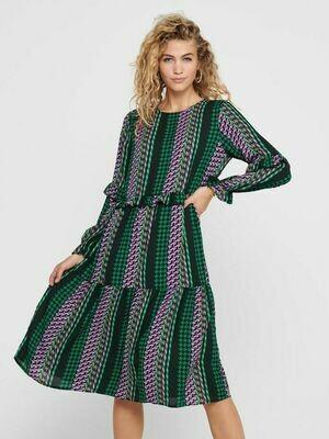 Lækker kjole med print fra JDY!
