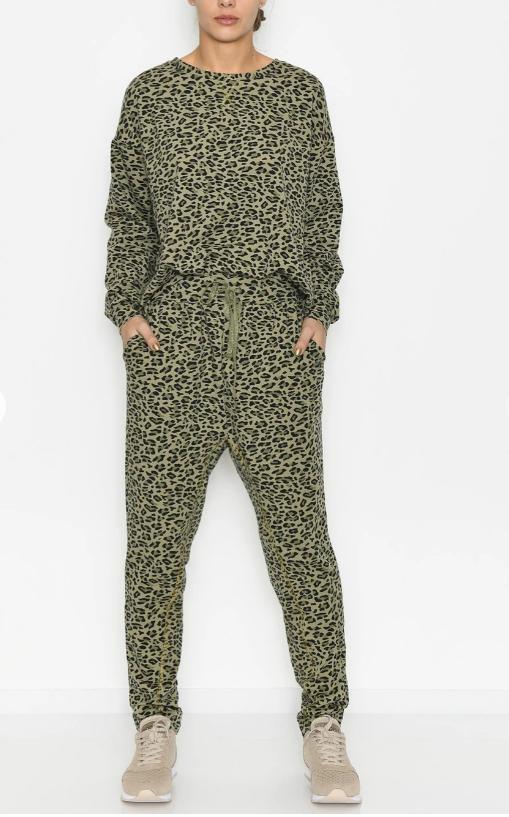 Sweatpants med leoprint fra Culture