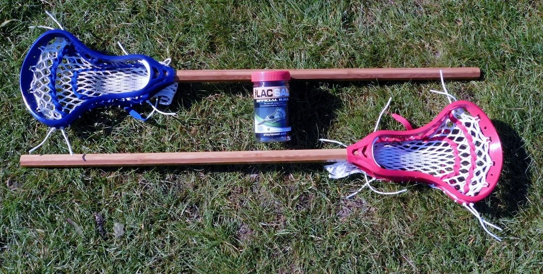 Lacsal 4 pc.  1 @ blue stick, 1 @ red stick and 2 balls