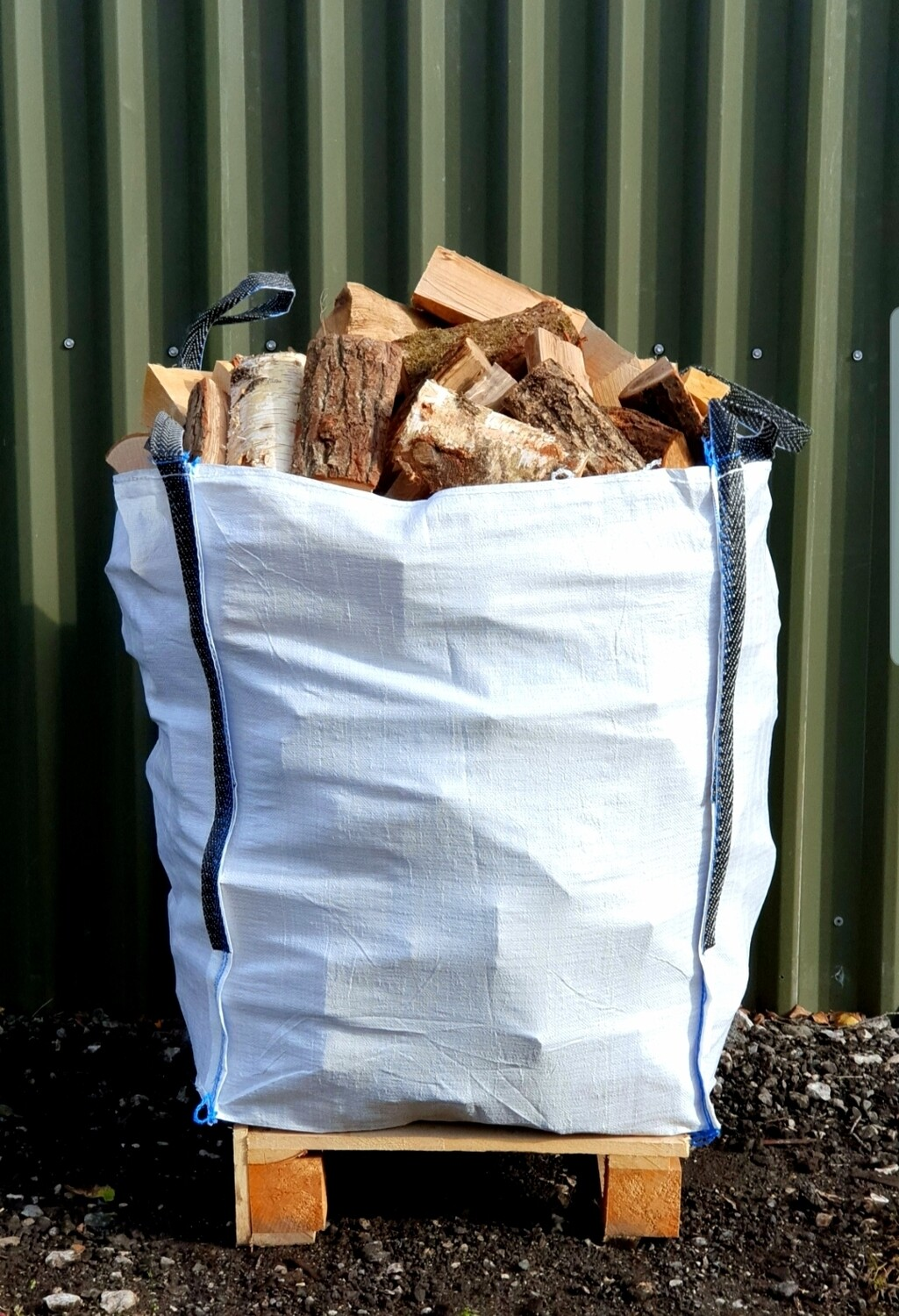 Kiln Dried Hardwood Mixed Logs - Bulk Bag