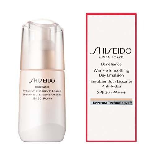 SHISEIDO BENEFIANCE  Wrinkle Smoothing Day Emulsion SPF30