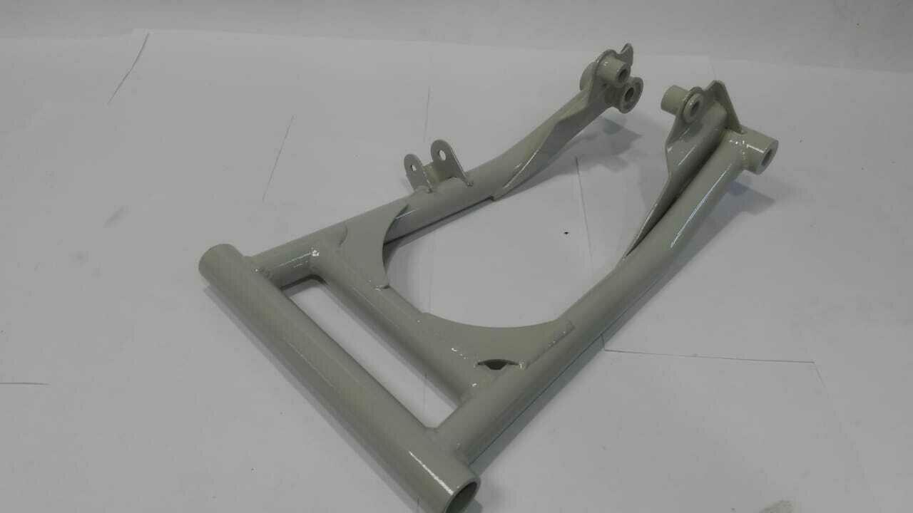 Рычаг нижний LH Yamaha Professional (OEM:  8FN-23580-00-00 8GS-23580-00-00) серебро