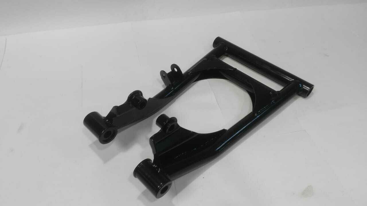 Рычаг нижний RH Yamaha Professional (OEM:  8FN-23580-00-00) Черный