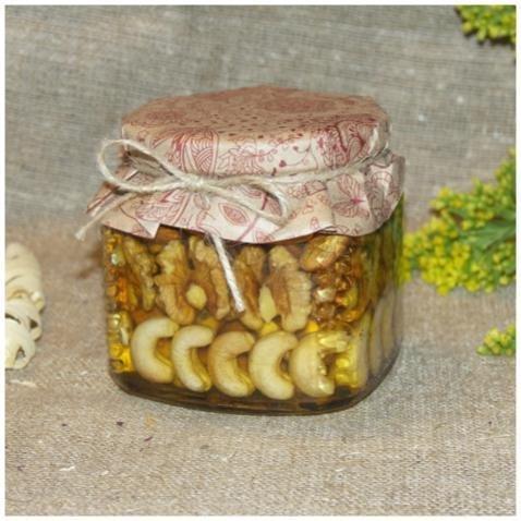 Орехи в меду (рядами), 390 мл. (8 марта)