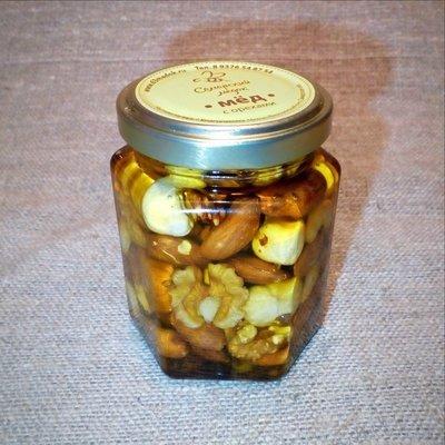 Орехи в меду (россыпью), 165 мл.