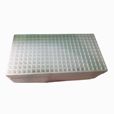 Charola de Unicel para Germinación 242 cavidades 10/paq.