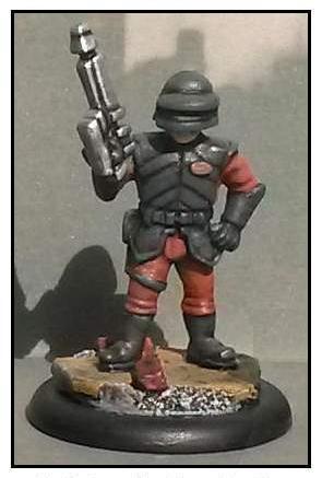 Uni-Tech Trooper No. 02 (Helmet, Visor Down and Rifle Raised)