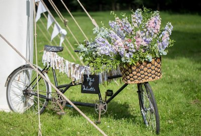 Vintage tandem bike with decor