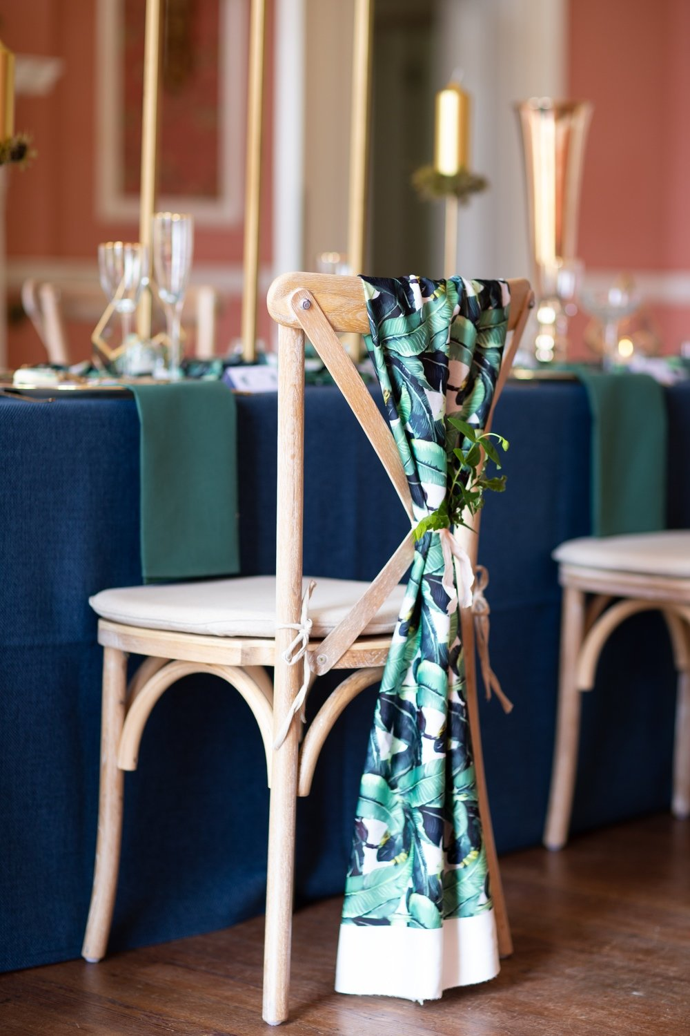 Linens / round textured table cloths