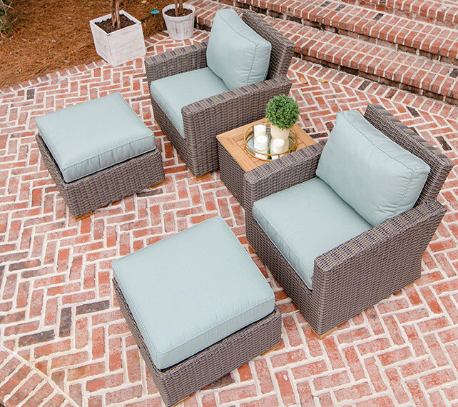 Naples Wicker 5 pc Outdoor Chat Set