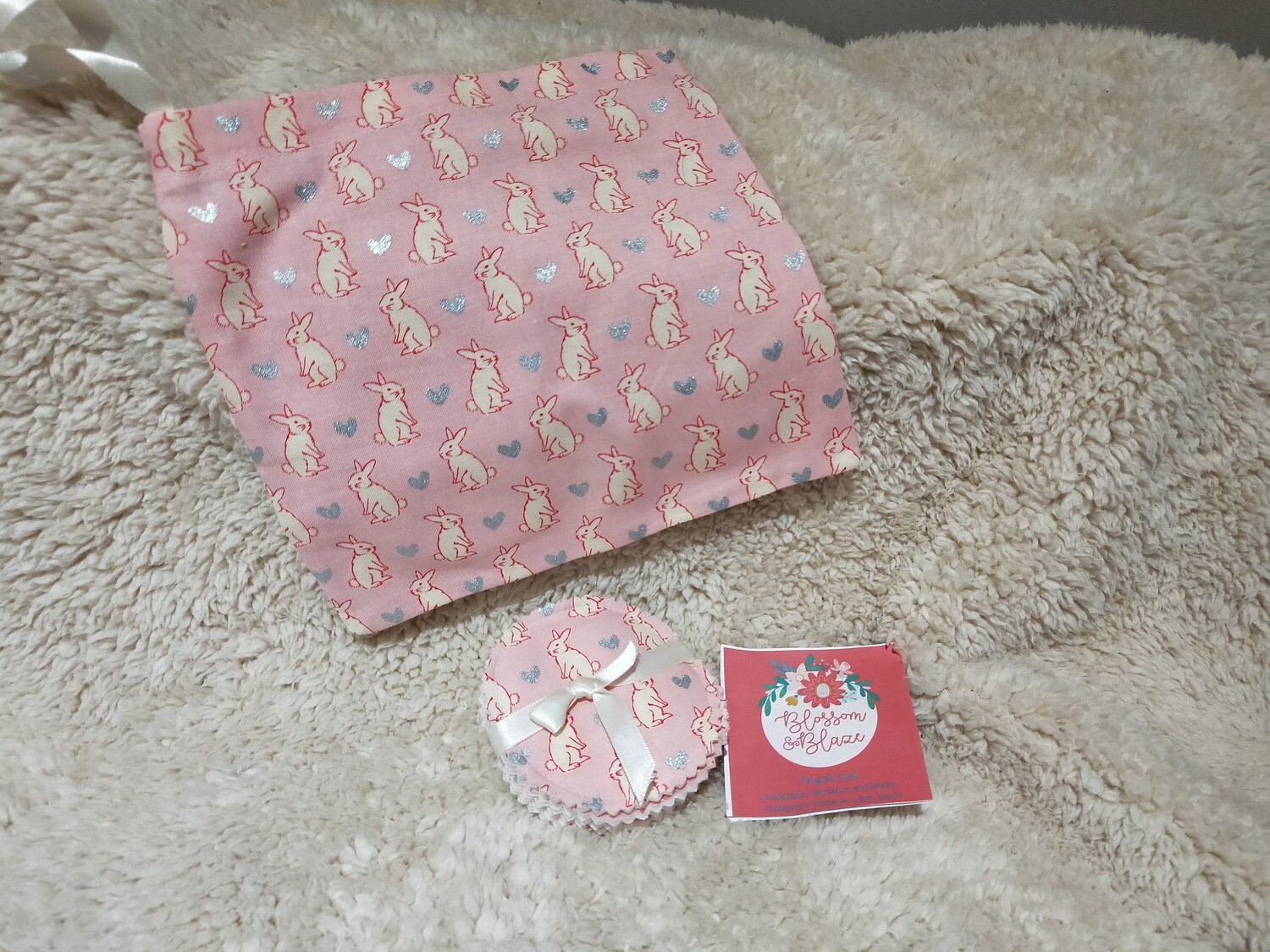 Blossom & Blaze - Wash bag & Make up pads 2