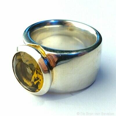 Ring in massief zilver m/bastiaan honingkwarts - Jéh (Nederland) - Maat 59