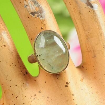 Ring in massief zilver met toermalijn mineraal - Maat 54
