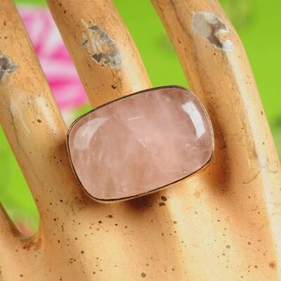 Ring in massief zilver m/grote cabochon van rozenkwarts - Maat 58