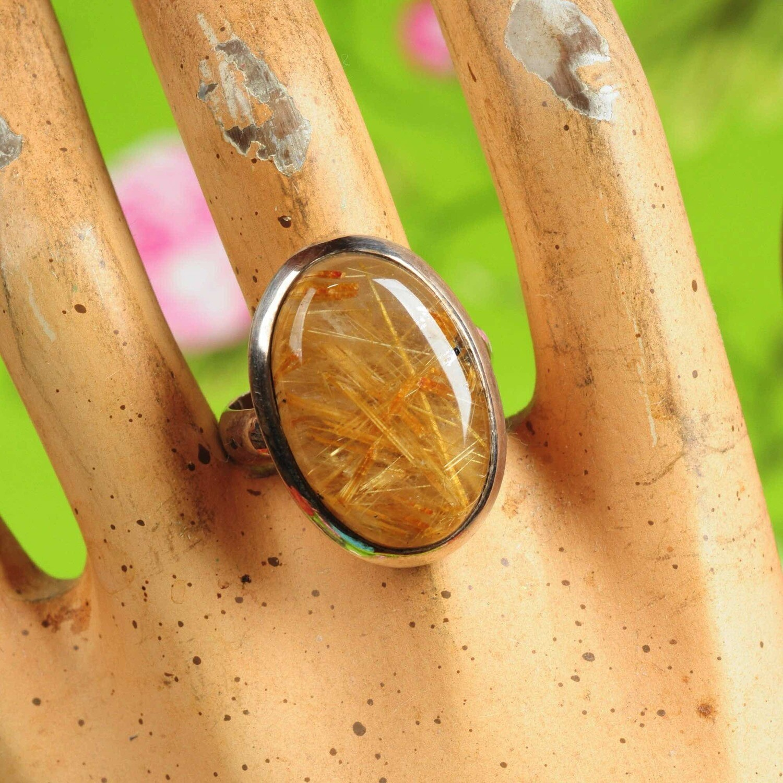 Ring in massief zilver m/cabochon van rutielkwarts - Maat 59,5