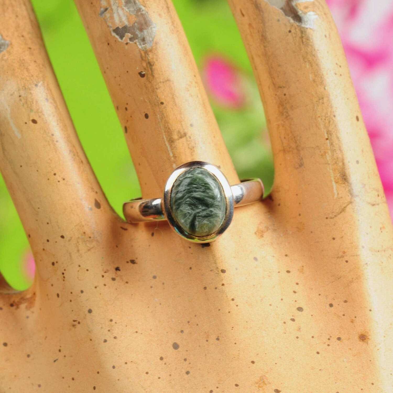 Ring in massief zilver m/kleine cabochon in serafiniet - Maat 61,5