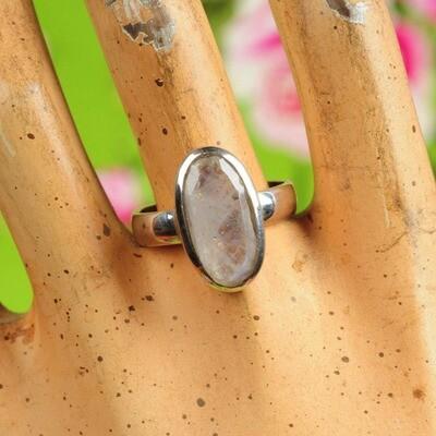 Ring in massief zilver m/regenboog maansteen - Maat 59