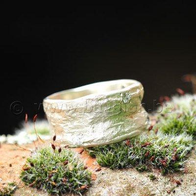 Ring in massief zilver m/6 zirkonium briljant- Ralf De Burchgrave (België)