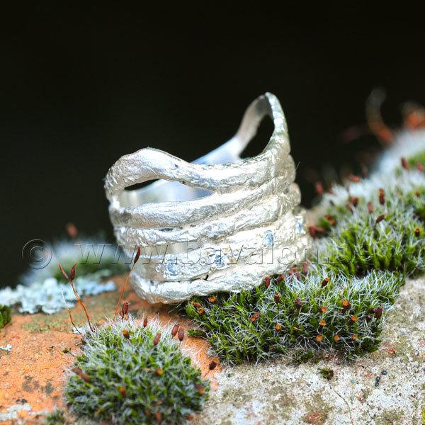 Ring in massief zilver ajouré met 5 briljantjes zirkonium - Ralf De Burchgrave (België) - Maat58