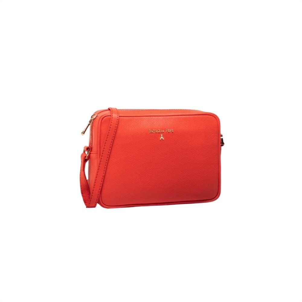 PATRIZIA PEPE - Camera Bag in pelle - Hibiscus Red