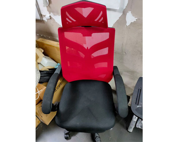 (Sale) OFX Deluxe-25F High Back Mesh Gaming Chair with Foot Rest (Red) (Light Scratches/White Dots)