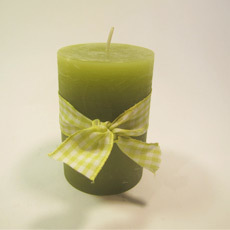Kerze olive