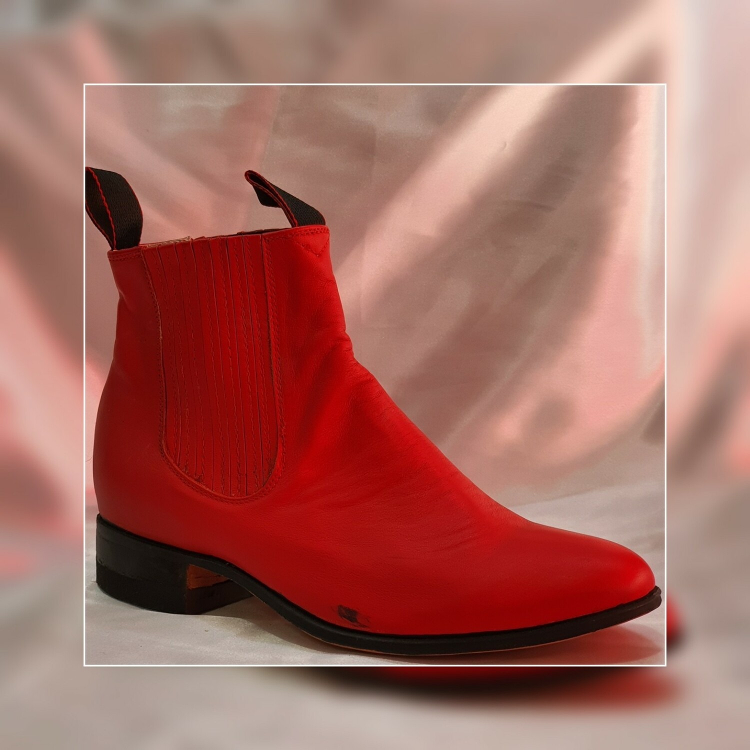 Booty Villa del Carbón Classic sole cowboy color: Red