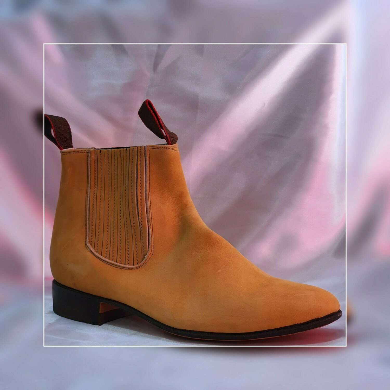 Booty Villa del Carbon Classic sole Leather Nubuck leather color: Nobuk Gold