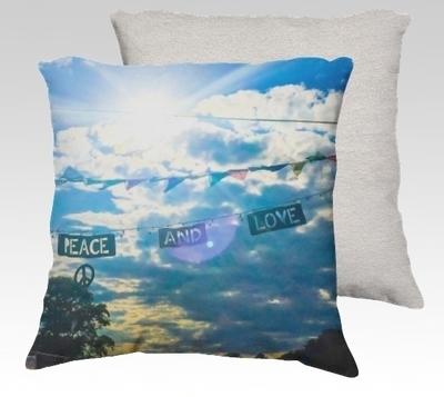 Peace & Love Velvet Pillow (small)