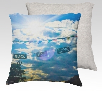 Peace & Love Velvet Pillow (large)